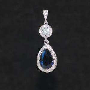 Cubic Zirconia Detailed Clear Round..