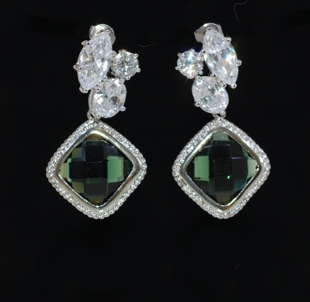 Wedding jewelry bridal earrings bridesmaid gift cubic zirconia wedding jewelry bridal earrings bridesmaid gift cubic zirconia earring with emerald green fancy glass e533 junglespirit Image collections