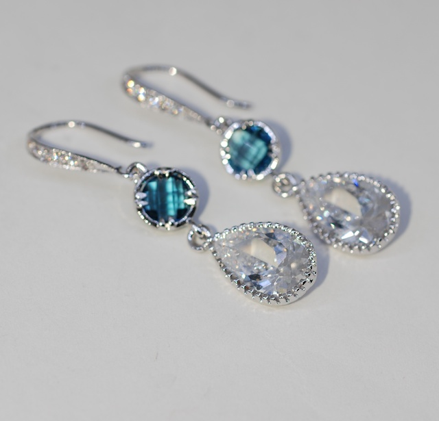 Cubic Zirconia Detailed Earring Hook Round Shire Blue Quartz Teardrop Wedding Earrings Bridal Jewelry E618