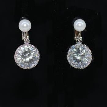 Wedding Earrings, Bridesmaid Earrings - White Pearl Screw Back Clip On Earring with Round Cubic Zirconia (CZ) (E609)